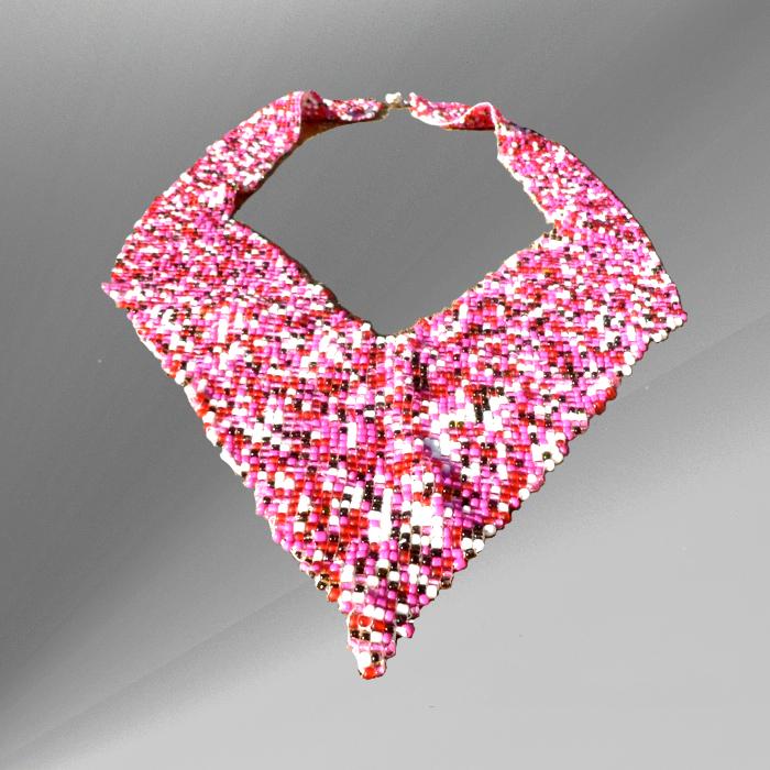 bead loom weaving, pink, tapestry